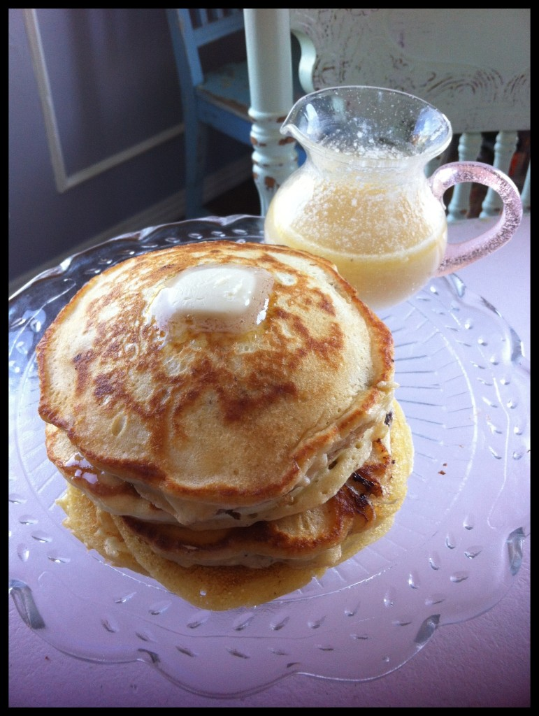 BeautyFrosting's Buttermilk Vanilla Pancakes with Buttermilk Vanilla Syrup